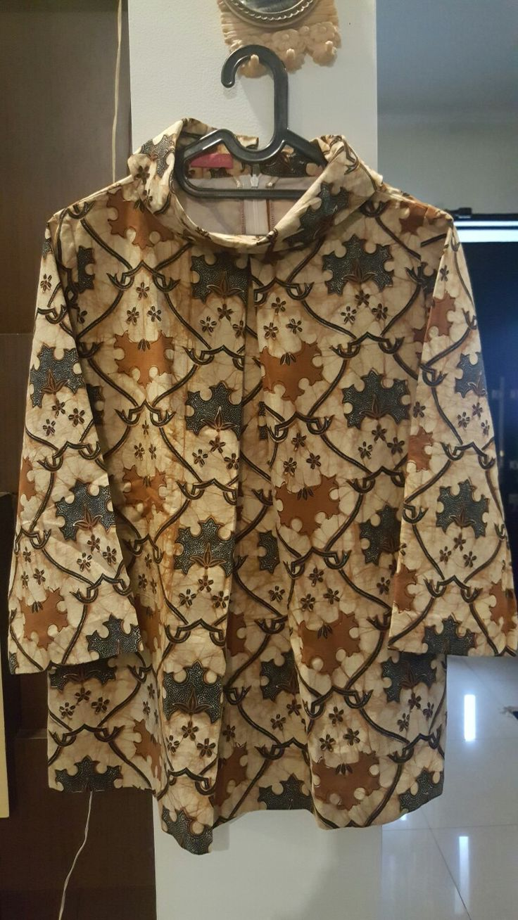 Sabrina blouse batik tulis lawasan... by nilla - magentha