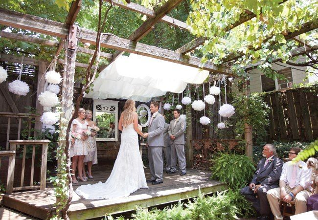 Ceremony And Reception Site The Garden Room Fayetteville Ar Photography Photo Love