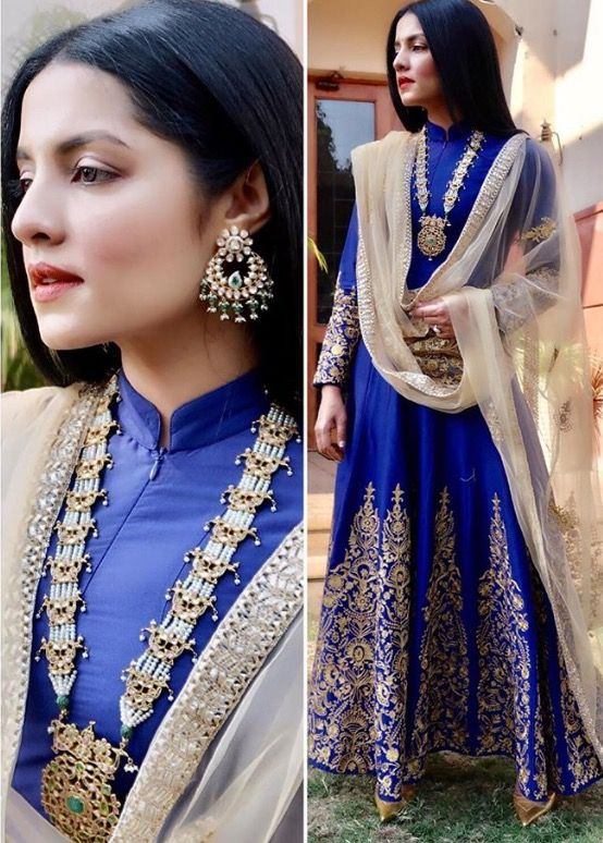 Not exactly a #traditional colour for #Haldi but couldn't help reaching out for it ... it's such a lovely look on Celina @sonaliguptadesign .. the #indigo & #offwhite is such an unusual combination. @shriharidiagems haar in #emerald, #uncutdiamonds #pearls earrings from @vishaljewels complete ..#Stylist @eshaoberoi , #celina #celinajaitly #myworld #my🌎 #mycouture #instagood #instalike #antiquejewelry #indigodress #indiancouture #indianwedding #haldi #haldi💛 #celinasworld #cousinswedding