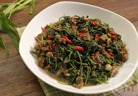 TUMIS KANGKUNG. Tempe bosok or semangit functions as a flavorant, so choose its quality