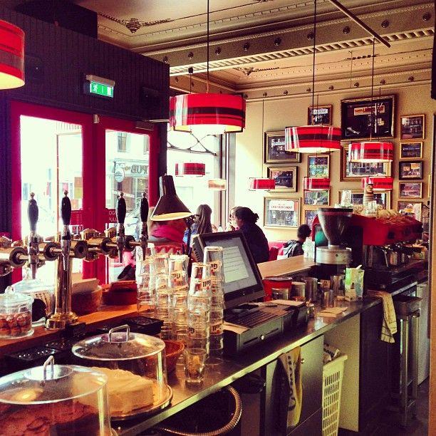 The Laundromat Café in Miðbær, Höfuðborgarsvæði