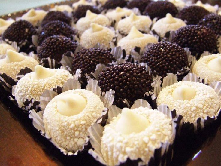 Uma das maiores especialistas na arte do chocolate no Brasil ensina, em um curso on-line, a fazer brigadeiros gourmet: do belga ao caramelizado.