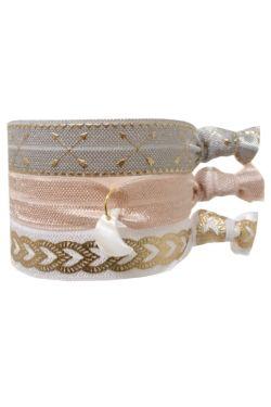 Lot de 3 bracelets élastiques esprit summer 3 couleurs : gris, rose & blanc Les bracelets sont adaptables à votre poignet PS : Ils peuvent également vous servir d'élastique pour cheveux ;)