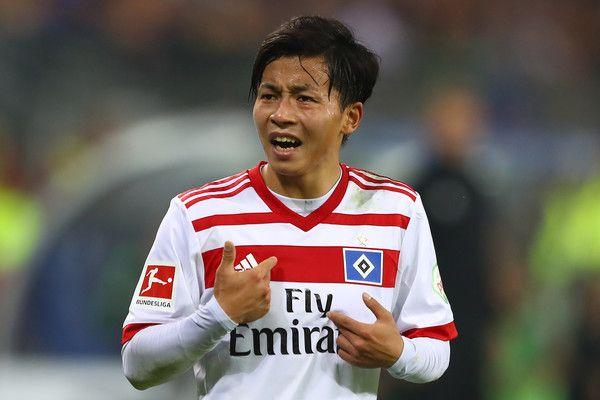 Tatsuya Ito of Hamburg during the Bundesliga match between Hamburger SV and SV Werder Bremen at Volksparkstadion on September 30, 2017 in Hamburg, Germany.