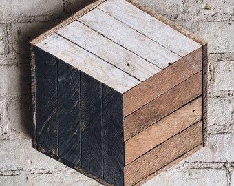 Recuperata la parete in legno arte Decor di EleventyOneStudio