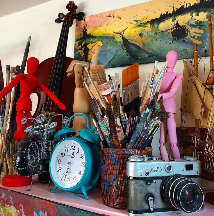 """ArtStudio detail...""  #artstudio #studio #artwork #canvas #fineart #paintings #draw #drawing #oilpainting #oilpaint #paint #painting #exhibition #resim #ressam #sanat #serdarabay #serdar_abay"
