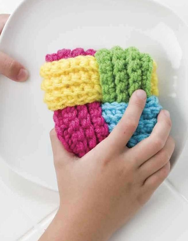"""Needle-Works Butterfly: Wash Your Dishes With This Beautiful Tawashi """"bundle"""""""