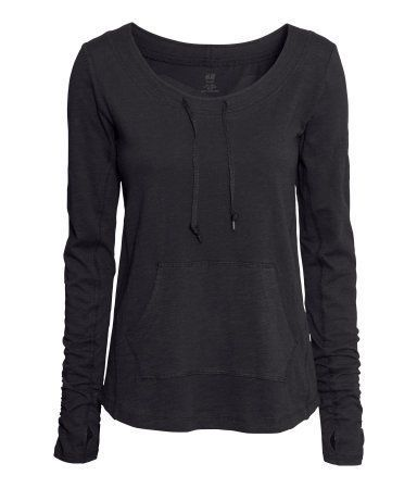 I just reved Träningstopp by H&M. Check it out at http://rev.yt/s55etuvO3YyRT