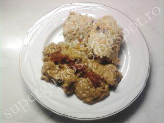 Carne de porc in sos de curry