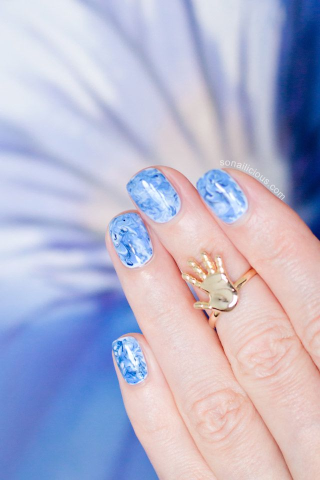 Marble Nails - Tutorial: http://sonailicious.com/marble-nail-art-how-to/
