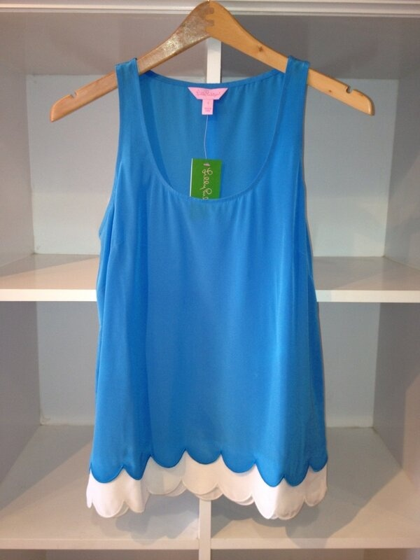 """Lilly """"Carlina"""" top with scalloped hem - This would be soooooo cute with white or mint green colored pants!"""