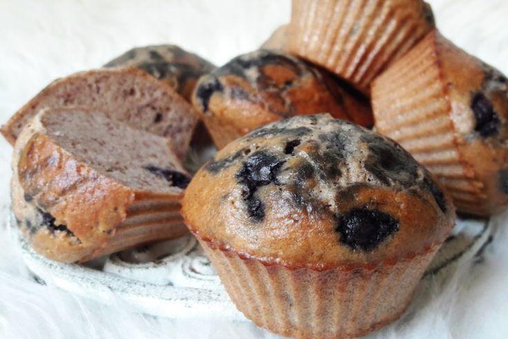 Muffiny śniadaniowe z borówkami