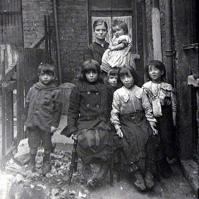 Victorian London poor house family.