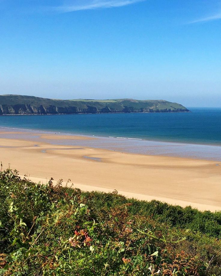 Why did travelers select #Woolacombe Beach in #Devon as the #1 UK beach in the 2016 #TravelersChoice awards? It could be the two-mile expanse of clean golden sand the lovely sunsets or the natural beauty that emerges afresh all year round. Or it could just simply be that in the words of one TripAdvisor traveler Woolacombe Beach to me is heaven.