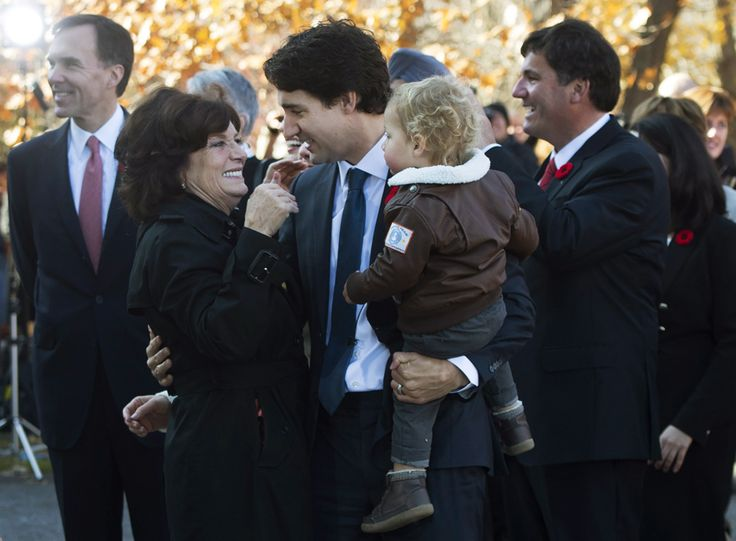Justin Trudeau unveils Liberal cabinet | National Post
