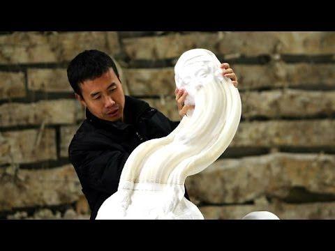 Las sorprendentes esculturas cambiantes de papel, del artista chino Li Hongbo.