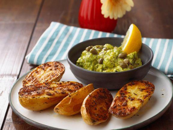Blechkartoffeln mit Avocadocreme ist ein Rezept mit frischen Zutaten aus der Kategorie Fruchtgemüse. Probieren Sie dieses und weitere Rezepte von EAT SMARTER!