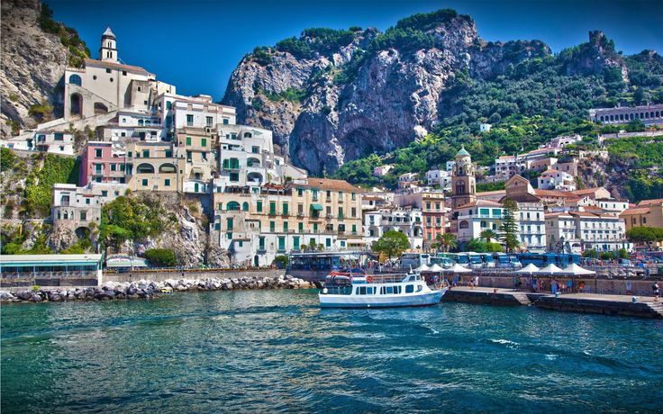 Amazing Tourist Place Photo of Amalfi Coast in Southern Italy