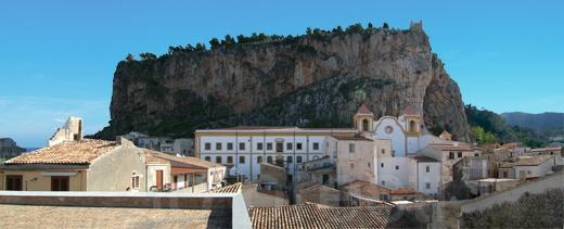 #InvasioniDigitali del Chiostro dei Gelsomini - Rettoria di San Domenico di Cefalù (PA) il 23 aprile alle ore 18.30 Invasore: GianfrancoMoli5