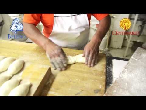 Como se hace el tradicional bolillo mexicano y el pan tipo baguette