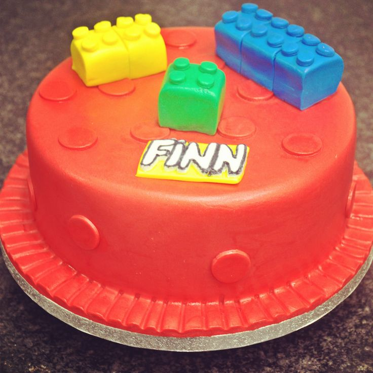 Lego! Bright Lego blocks and colourful rolled icing for a cake that's loads of fun! #sugarcraft #irishbaking #lego #dublinbakery #dublincafe #celebration