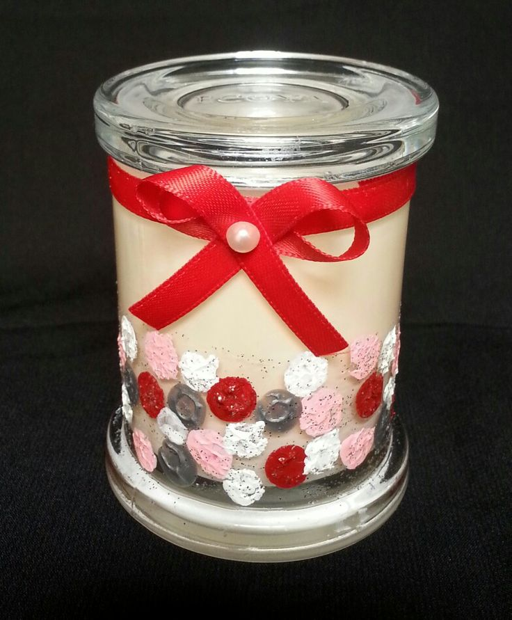 Hand Painted ECOYA candle - sweet pea and jasmine flavor