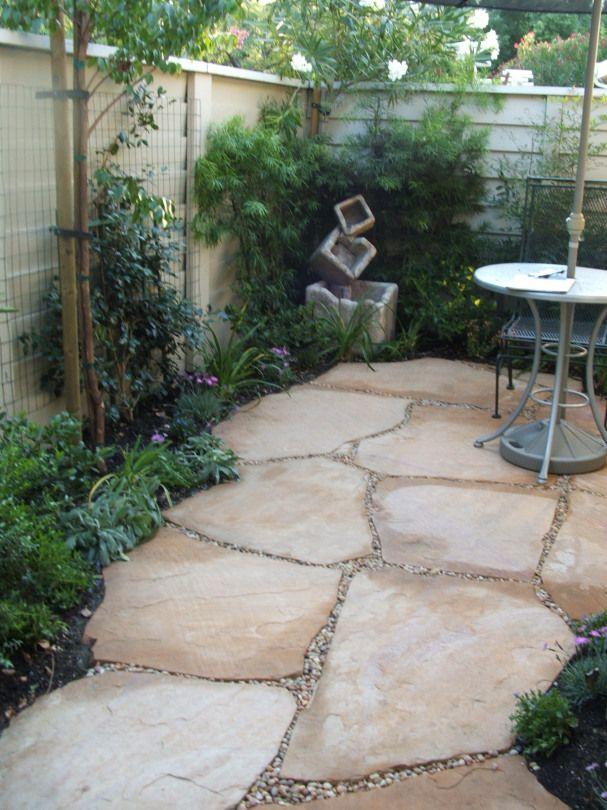Arizona Flagstone with decorative pebbles