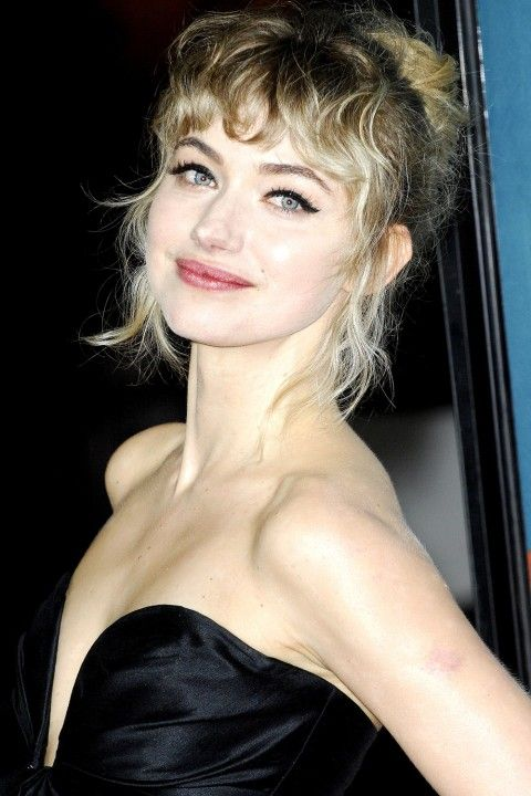 Imogen Poots embraces her Naturally Curly Hair even down to her Stunning Fringe #hairenvy