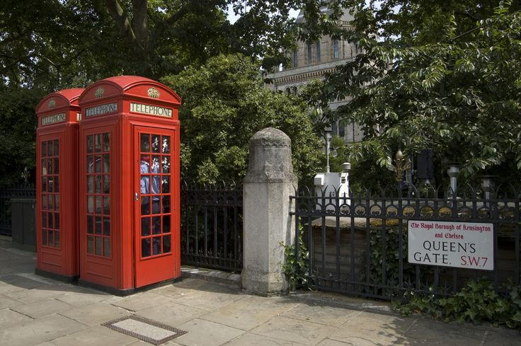Two icon red London phone boxes