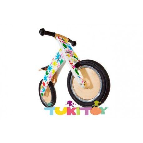 Bicicleta aprendizaje de madera Kiddimoto  kurve splatz #Kiddimoto  #bicicletas #sinpedales de madera #Kiddimoto son perfectas para el #aprendizaje. Estas #bicicletas desarrollan la #motricidad gruesa, el sentido del #equilibrio y la #coordinación. Les enseña a controlar el espacio aumentando su autoconfianza y #seguridad. Fabricada en madera resistente y ligera a la vez permitirá al #niño desplazarse sin mayor dificultad, el sillín es regulable a distintas alturas