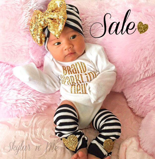 Designer baby clothes from Baby Beau and Belle are hand-crafted with the finest materials for your newborn baby. These uniquely designed take me home outfits, b.