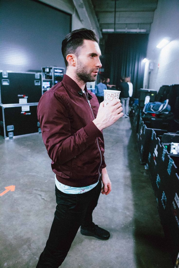 Adam Levine - #PITTSBURGHPA #MAROONVTOUR #OFFICIAL