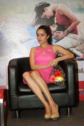 Now we can say for Shraddha Kapoor's feet that not only her cute face and simple looks but her slim body with beautiful legs and feet are her strong assets too, so she should flaunt it more, proudly.