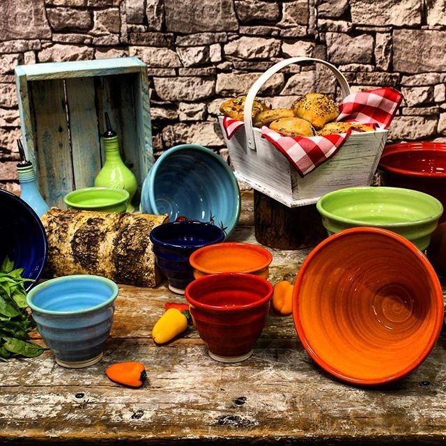 These colourful flow bowls are one of our favourites! Order Online Today! #HughJordan #CateringSupplies #HandMade #FlowBowls #Buffet #FridayFavourites #L4L