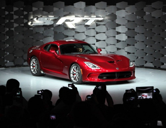 2013 SRT® Viper – featuring a premium Harman Kardon audio system and HARMAN's GreenEdge™ Technology