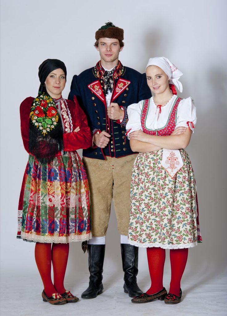 Domažlický kroj půvědkový / Folk costume from Domazlice, Czech republic