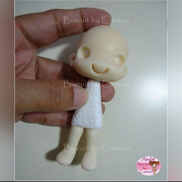 Assim começa... Boneca 10 cm #biscuit #biscuitbycarmen #porcelanafria #porcelaincold #coldporcelain #pastaflexible #masaflexible #makingof #emproducao