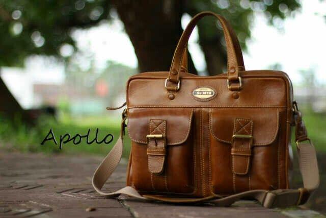 Apollo man suitcase