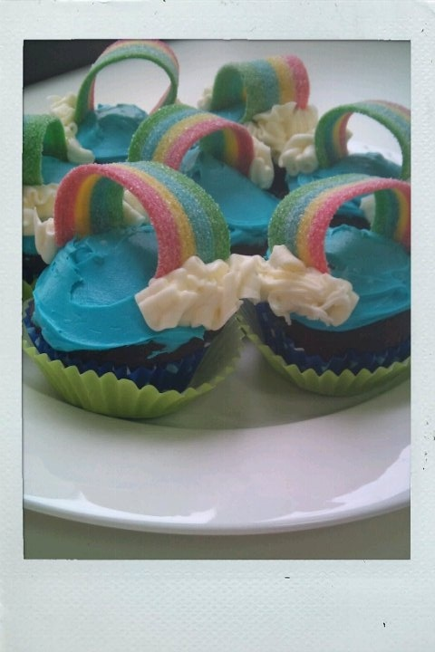 Created these for Cupcakes for RSPCA day today. I call them, 'Over the Rainbow'