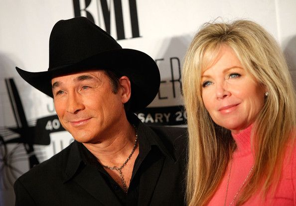 21 best mr mrs black images on pinterest lisa for Is clint black and lisa hartman still married