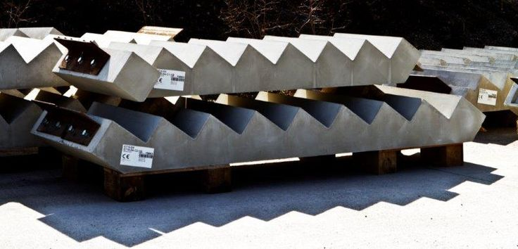 Save Time and Cut Costs by using Flood Precast Concrete Stairs -