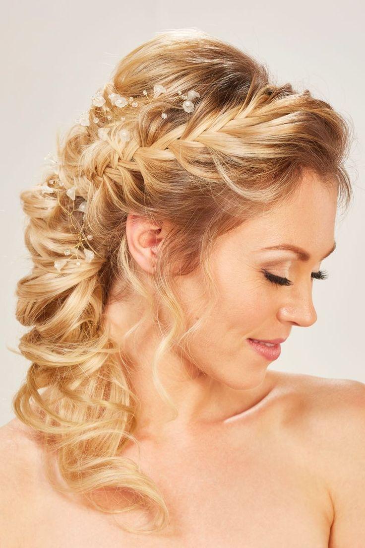 Zauberhafte Brautfrisuren Mit Haarschmuck Brautfrisuren