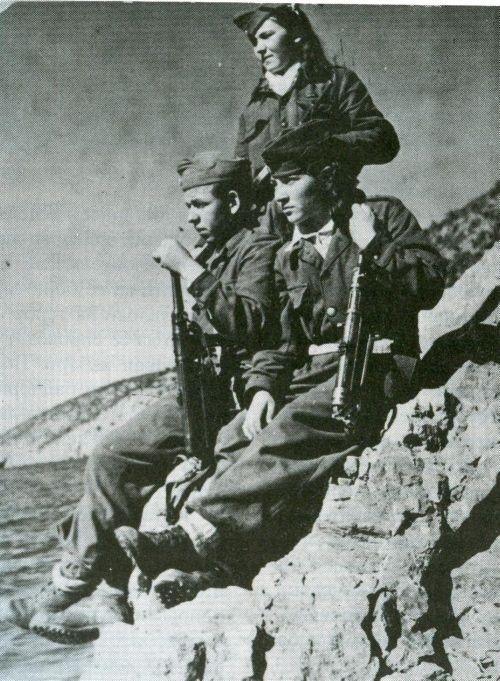 Macedonian partisans during the Greek Civil War (1946-1949).