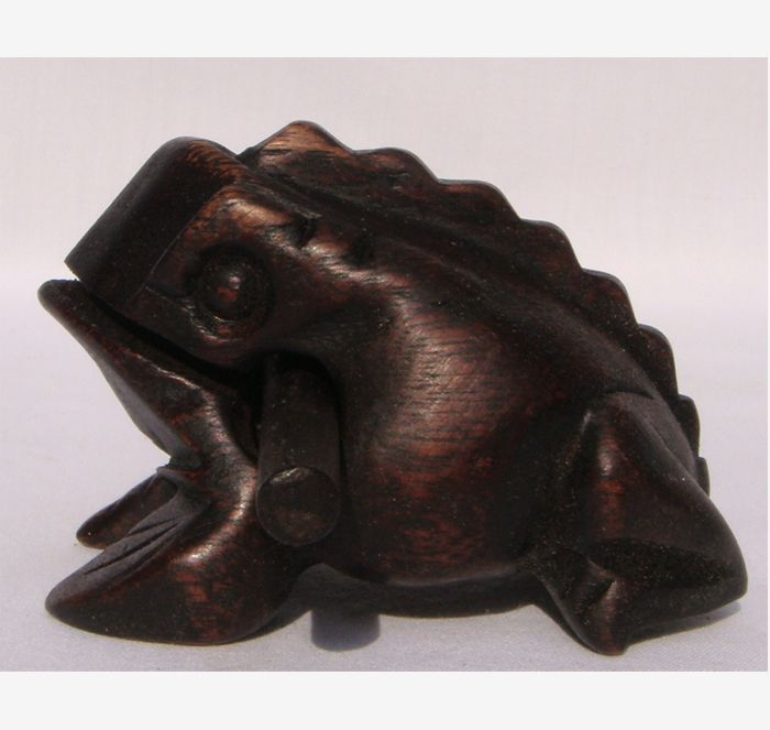 Croaking Frog Hand Carved 10cm size | The Elephant Emporium