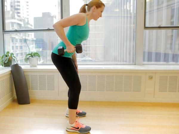 The No-Crunch Ab Workout: One-Arm Dumbbell Row