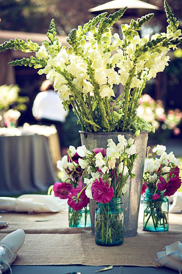Photography: Captured by Aimee - capturedbyaimee.com  Read More: http://www.stylemepretty.com/2011/10/19/san-diego-wedding-by-captured-by-aimee-2/