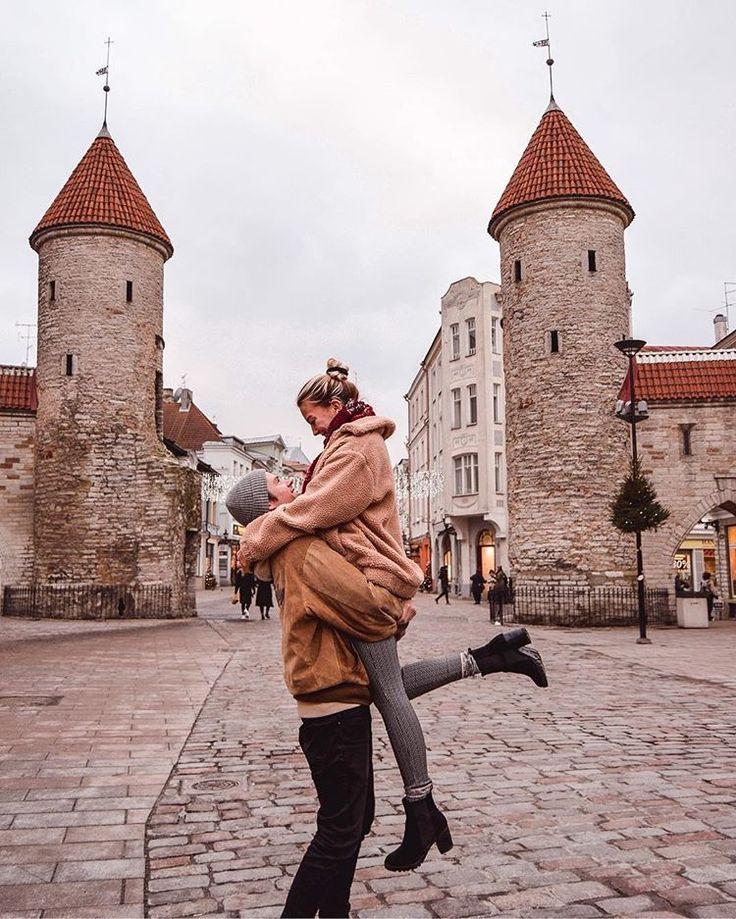 Tallinn Old Town Estonia – Christmas Market Tallinn Best Christmas Market In Europe – Wanderers & Warriors UK Travel Couple Goals – Feeling Festive