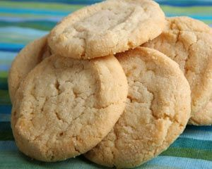 just 3 ingredients for these cookies: butter, sugar, flour. [and some spices if you wish...]. this sounds simple enough.