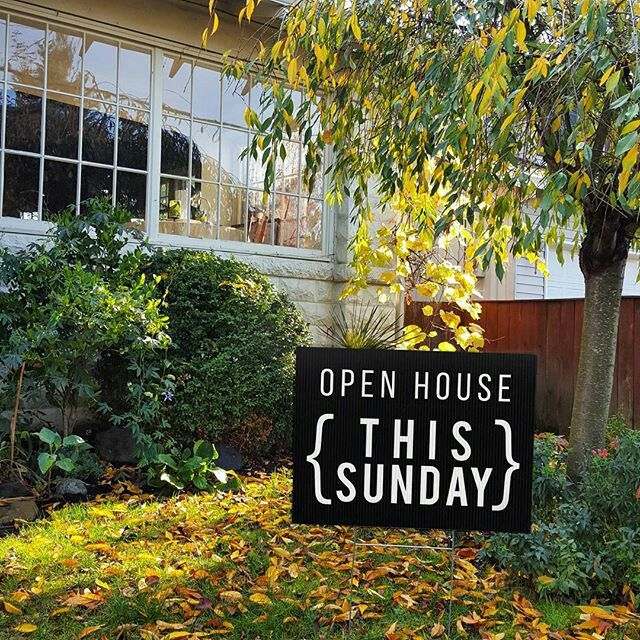Could you use this Open House sign today? These 18 x 24 Yard Signs come in black, grey, red, white, and the cursive heart❤  Order @: www.allthingsrealestatestore.com