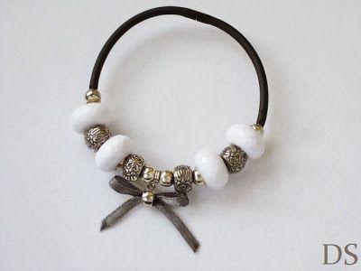 DS 4 Kunst: elegant bracelet  gray white silver bracelet with bow